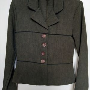 ❤️ 3 for $12 ❤️ Suit jacket with skirt